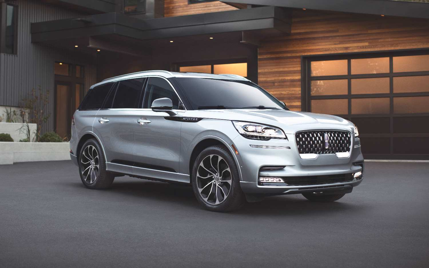 11 New 2020 Lincoln Aviator Vs Buick Enclave Concept And Review