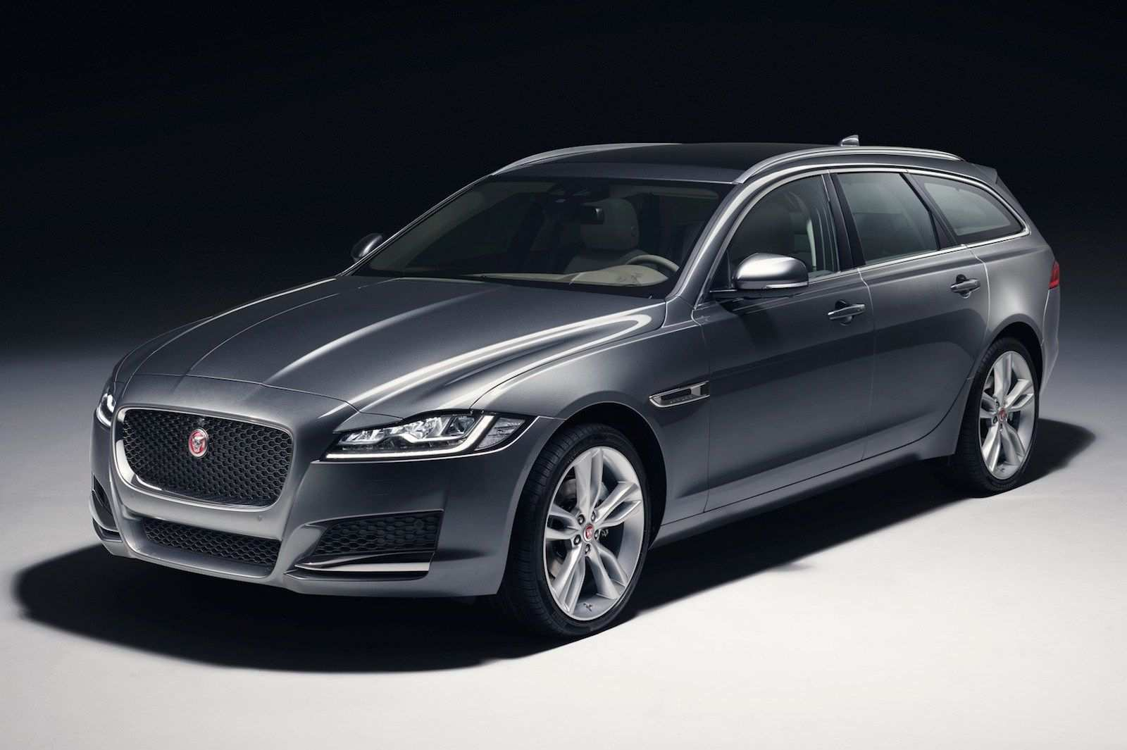 13 The 2019 Jaguar Station Wagon Overview