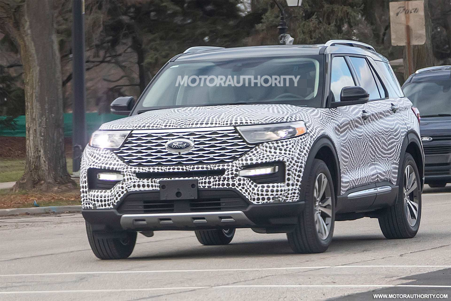 14 The 2020 Ford Explorer New Review