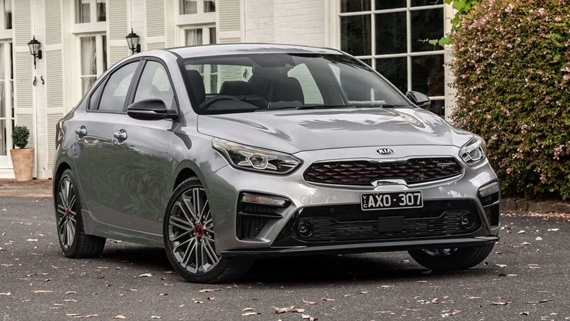 18 A Kia Cerato Hatch 2019 Spesification