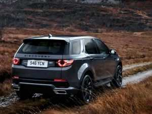 19 A 2019 Land Rover Discovery Svx Speed Test