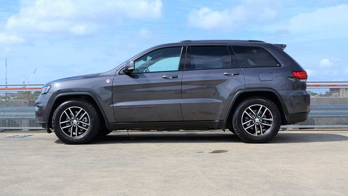 23 All New 2019 Jeep Cherokee Diesel Interior