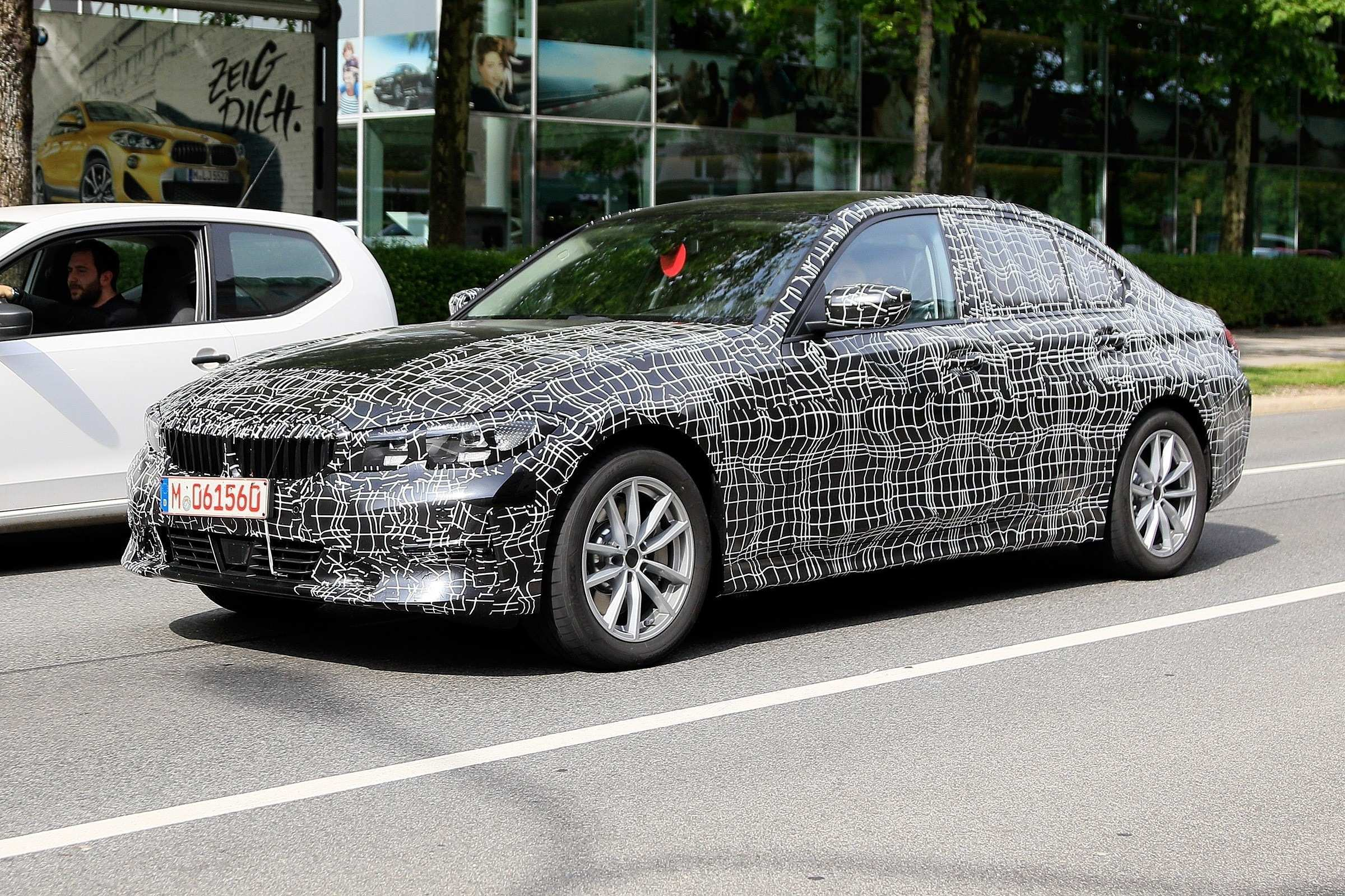 24 A 2019 Chrysler 100 Spy Shoot