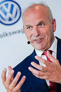 24 New Volkswagen To Restructure Its Dealer Network From 2020 Interior