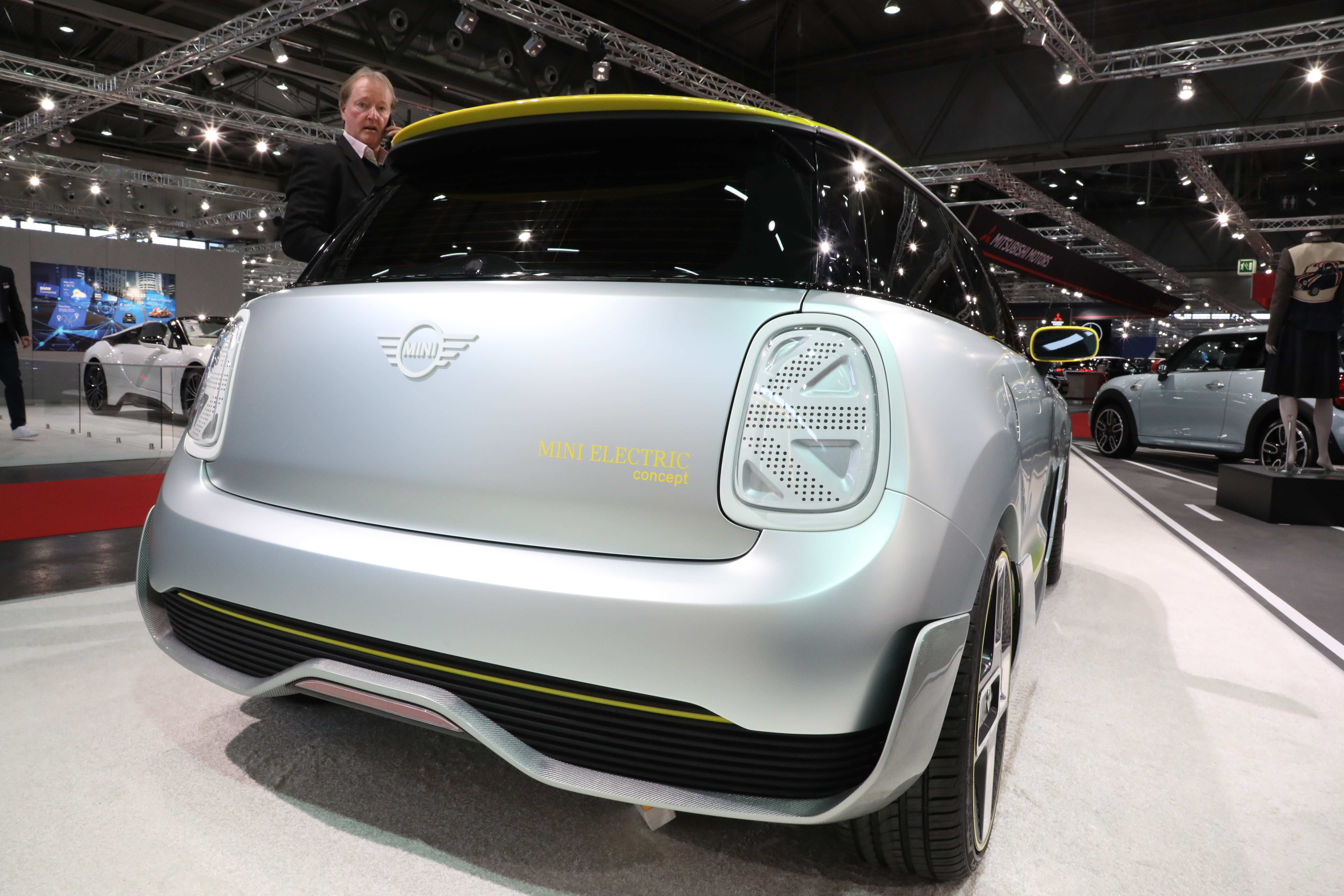 26 A 2019 Mini Electric Specs and Review