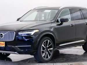 27 A 2019 Volvo Xc90 T8 Images