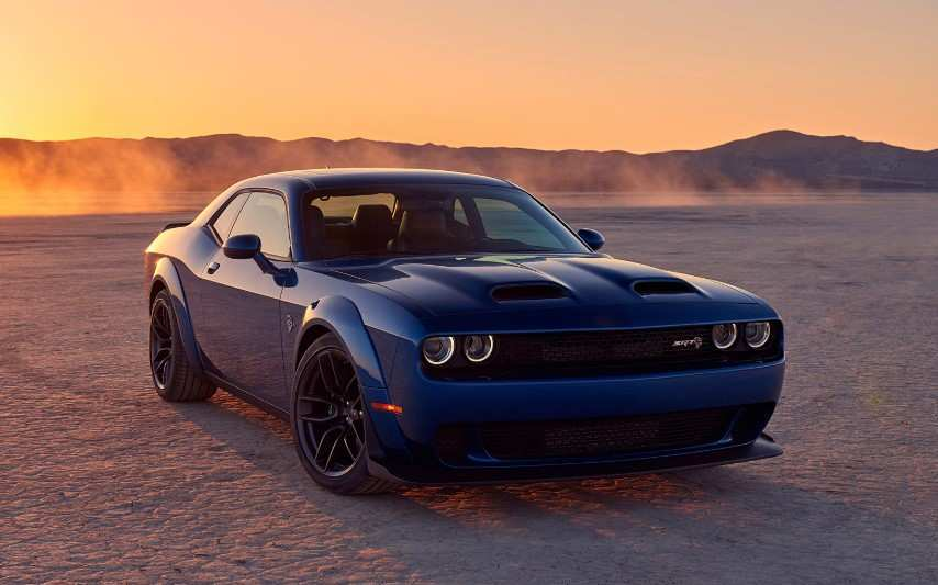 28 The 2020 Dodge Challenger Hellcat Photos