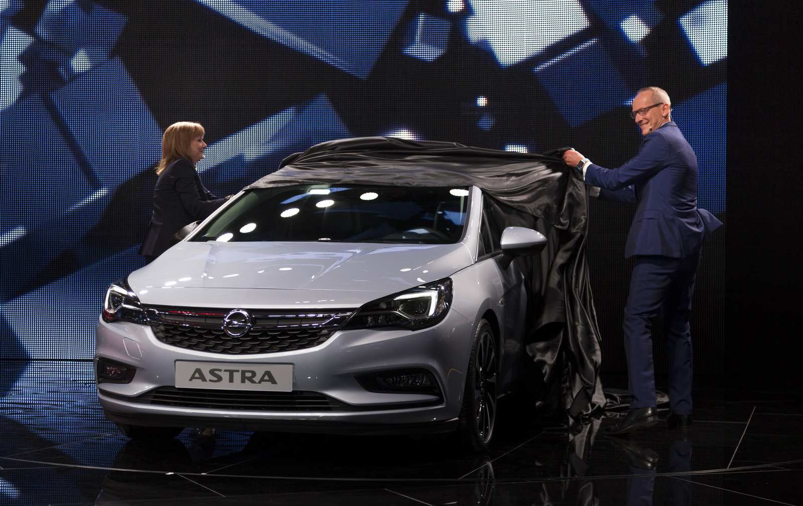 28 The Opel Model 2020 Overview