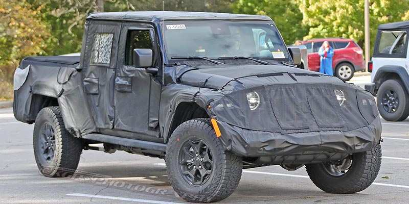 29 A 2020 Jeep Gladiator Jt Pickup Exterior And Interior