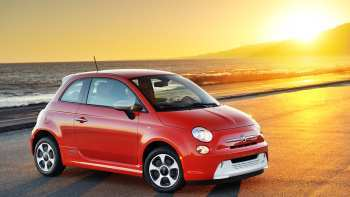 30 A 2020 Fiat 500E Ratings