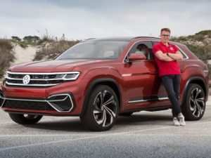 30 The 2019 Volkswagen Cross Sport Pictures