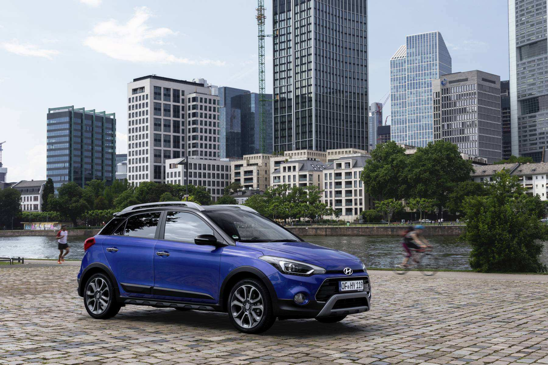 31 The 2019 Hyundai I20 Active Pictures