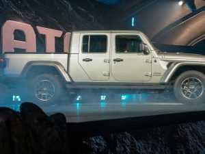 32 A Jeep Wrangler Truck 2020 Overview