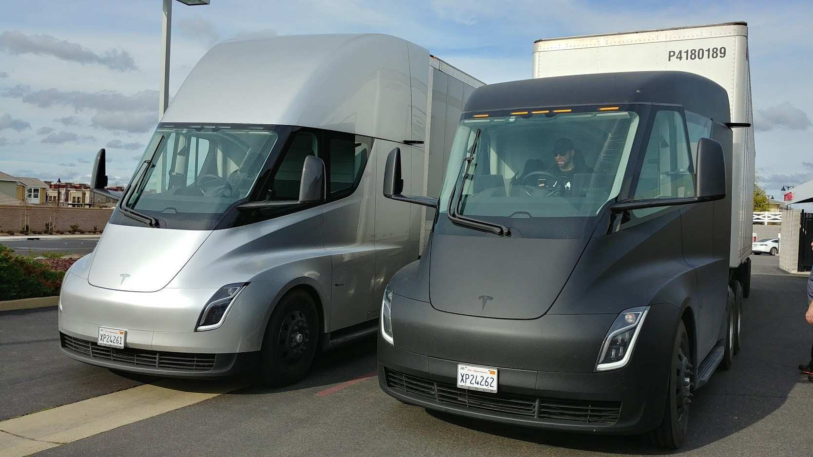35 Best 2019 Tesla Semi Truck Redesign And Review