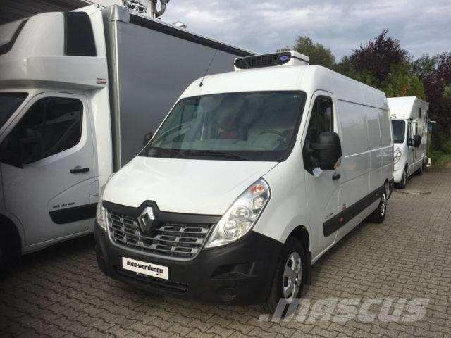 35 The 2019 Renault Master Picture