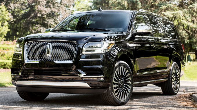 35 The Ford Lincoln Navigator 2020 Engine
