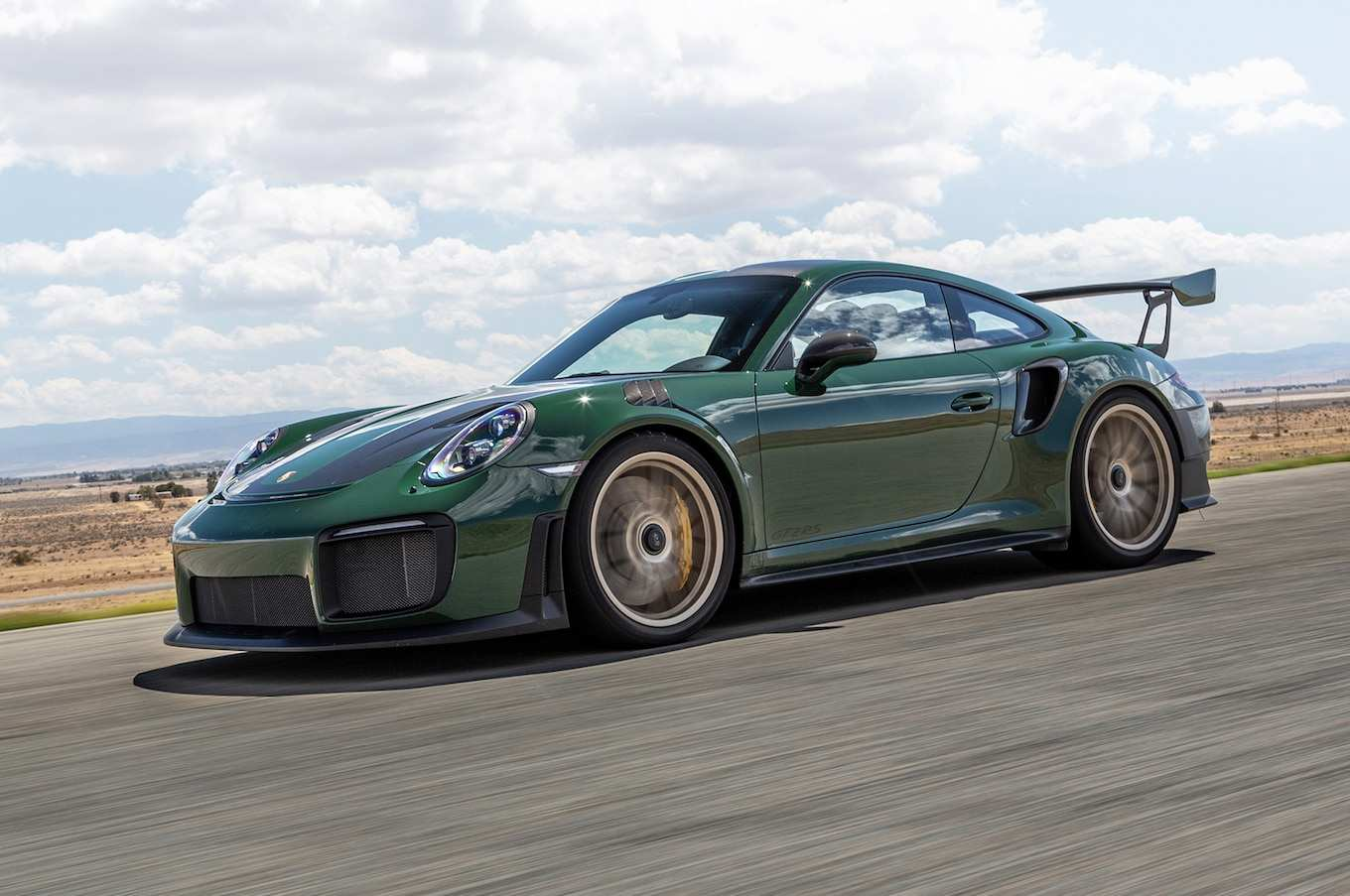 36 A 2019 Porsche Gt2 Rs Spesification