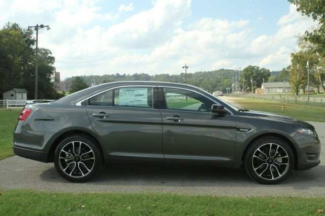 37 A 2019 Ford Taurus Sho Specs Speed Test