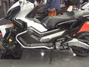 38 A Honda X Adv 2020 Photos