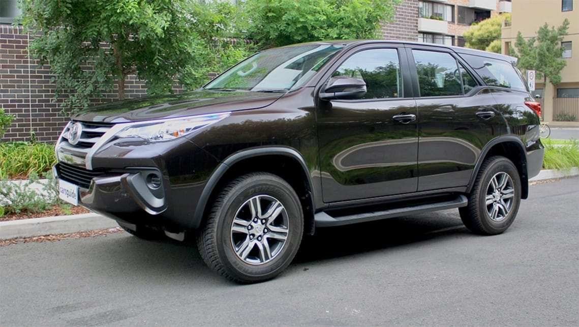 40 A Fortuner Toyota 2019 Configurations
