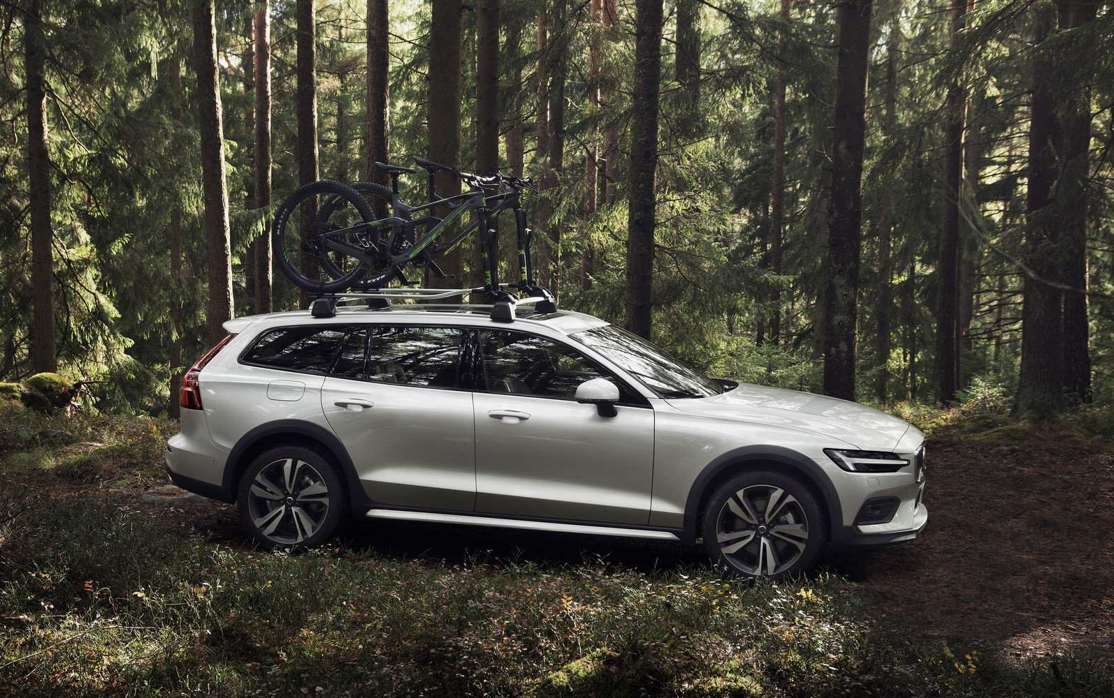 40 Best 2019 Volvo V60 Cross Country Price And Review