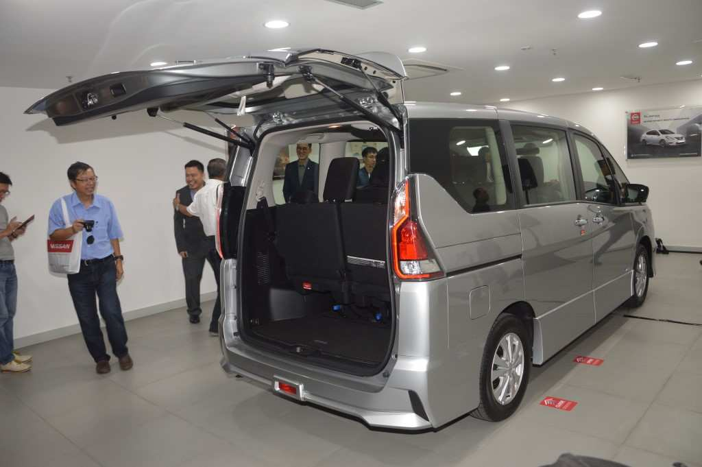 40 New Nissan Serena 2019 Pictures