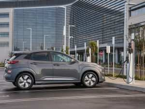 40 The Volvo 2019 Electrique Review