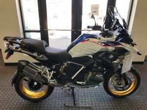 41 A 2019 Bmw 1250 Gs Engine