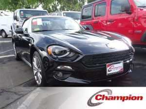 41 A 2019 Fiat 124 Spider Lusso Images