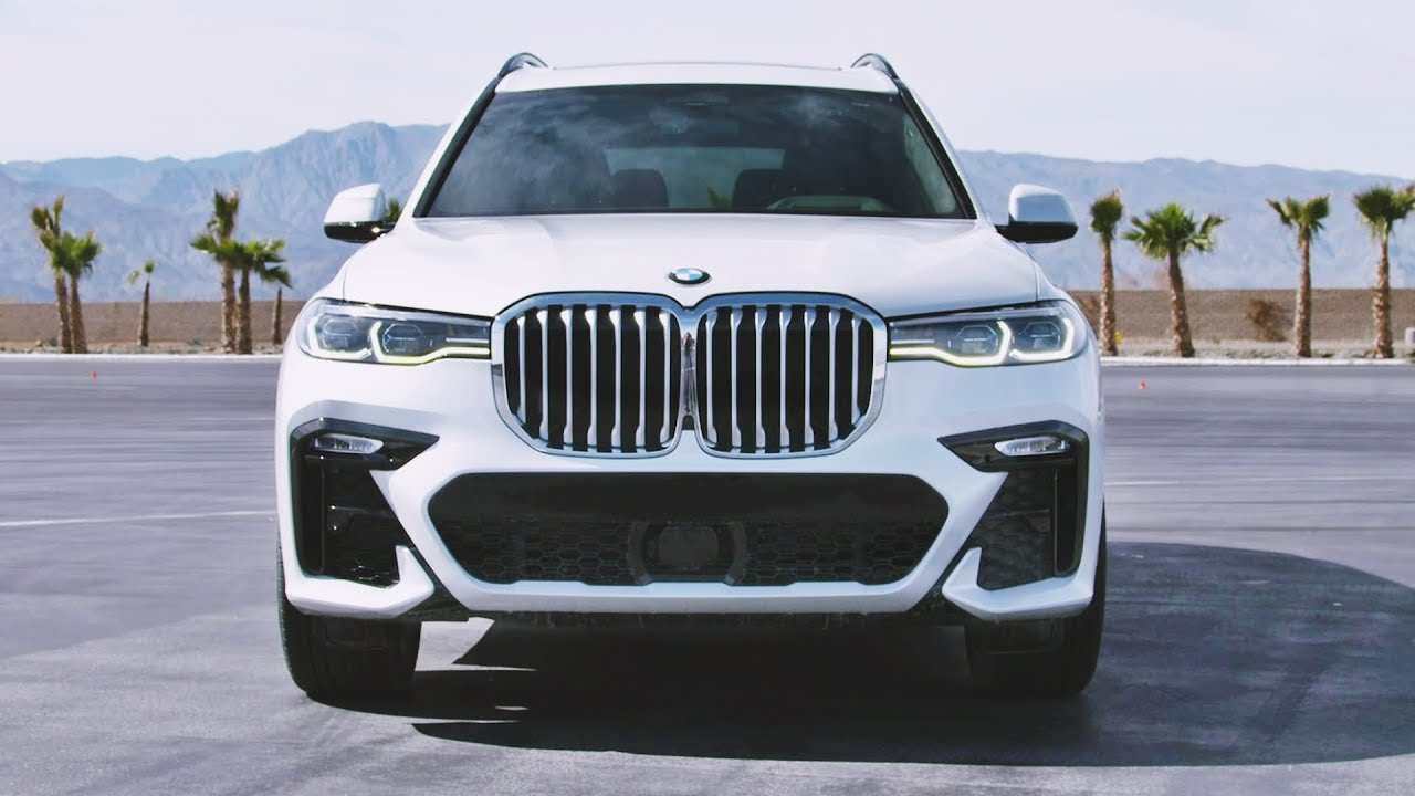 43 A BMW X7 2020 Picture