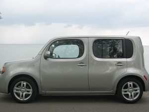 44 A 2019 Nissan Cube Picture
