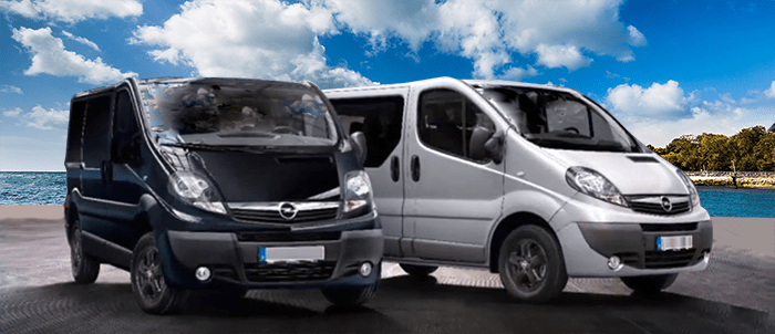 44 A Chevrolet Express Van 2020 Pictures