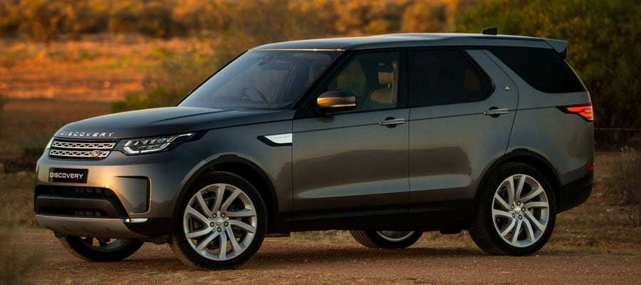 45 A 2019 Land Rover Style