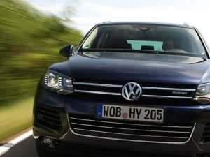 47 A Volkswagen Touareg Hybrid 2020 Redesign and Concept