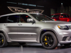 48 New 2020 Jeep Grand Cherokee Altitude Exterior and Interior