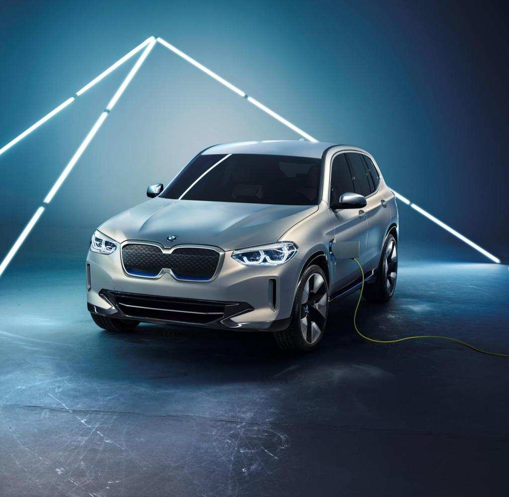 51 The BMW Plug In 2020 History