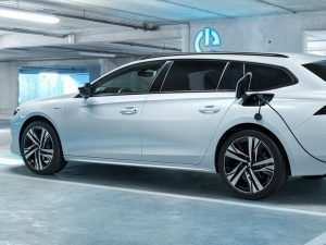 56 A 2019 Peugeot 3008 Hybrid New Model and Performance