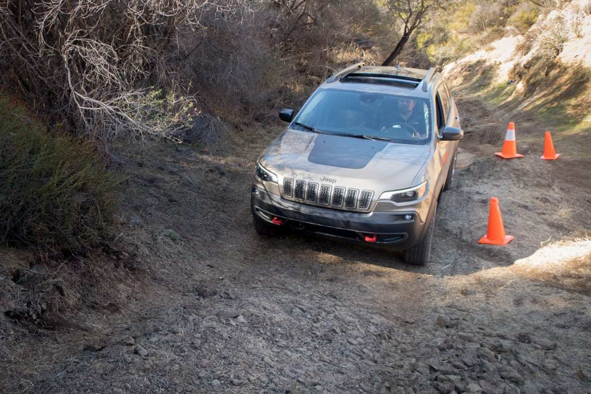 57 A 2019 Jeep Cherokee Kl Redesign