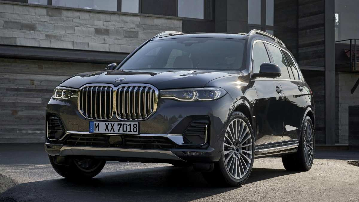 57 A BMW X7 2020 Pictures