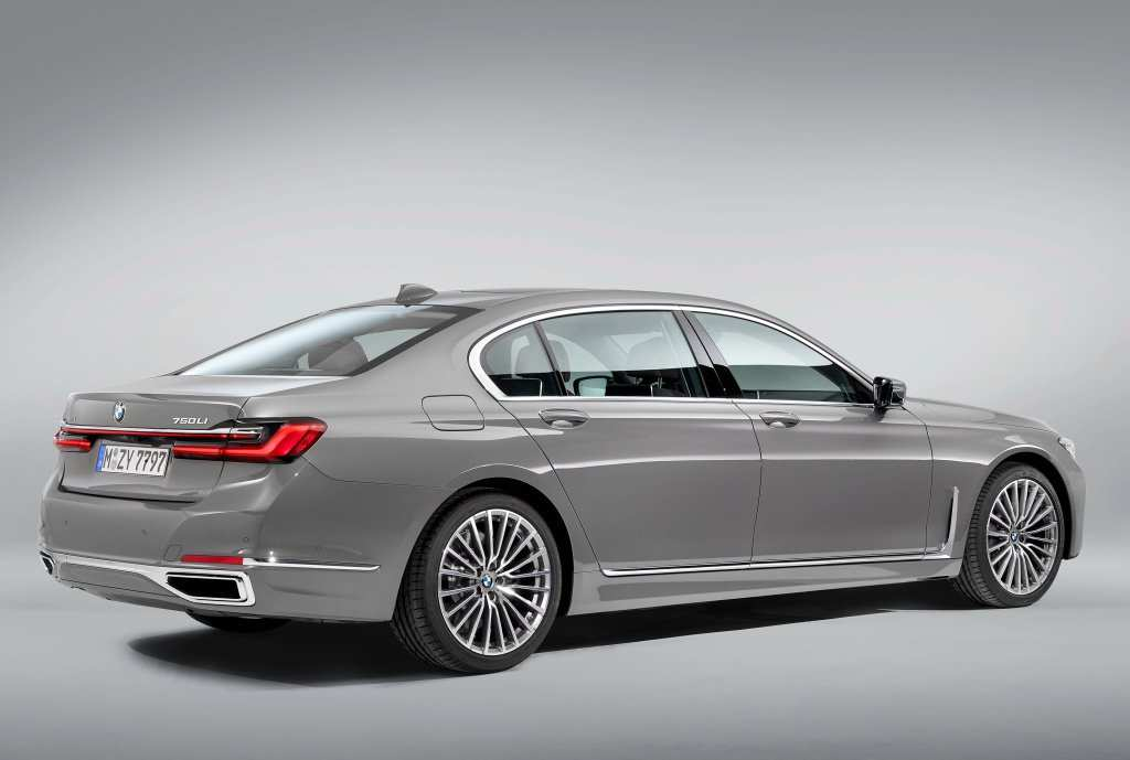 62 The 2020 BMW 760Li Lwb Exterior And Interior