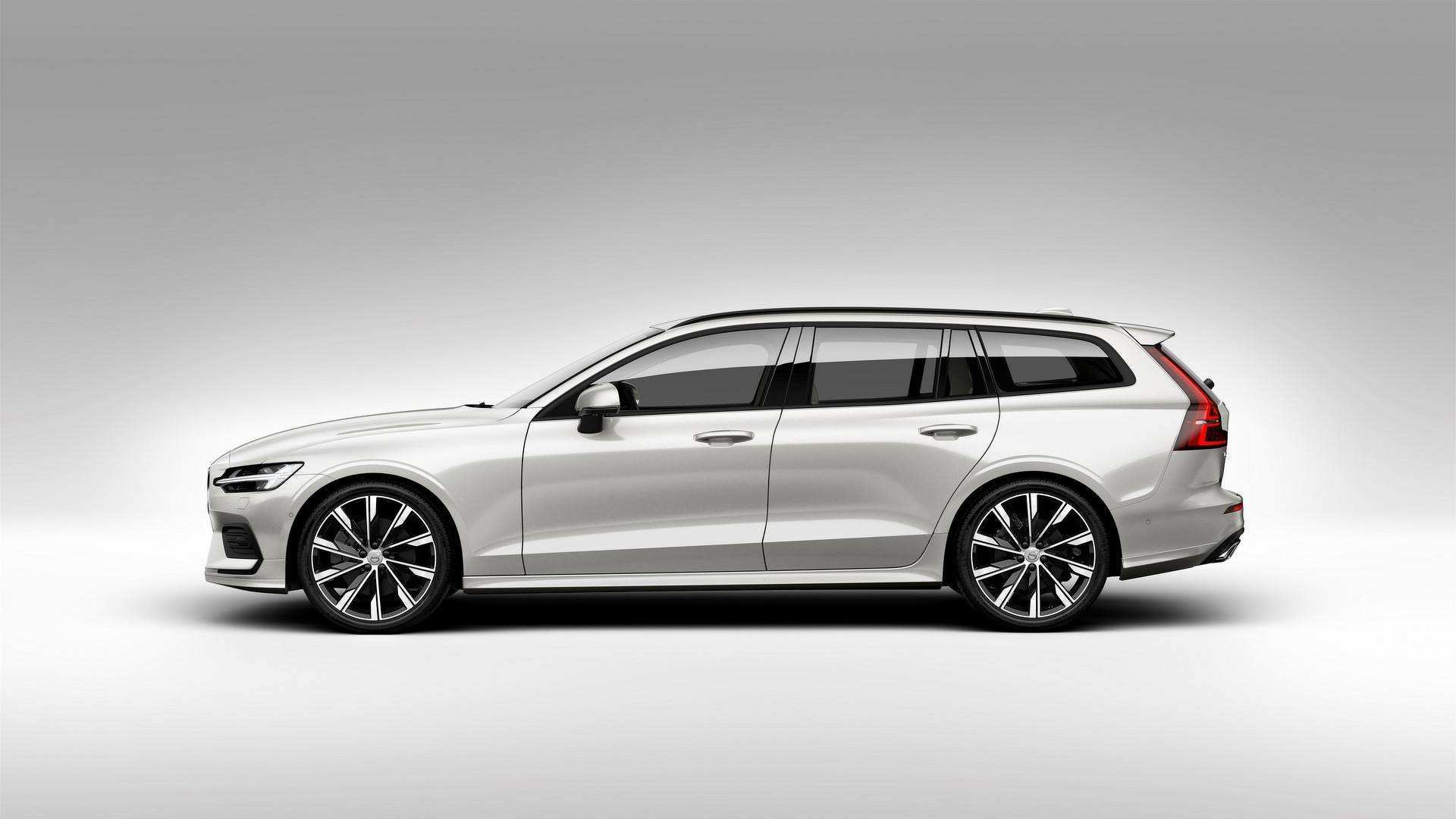 64 A Volvo 2019 V60 Cross Country Model