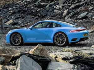 65 A 2019 New Porsche 911 Engine