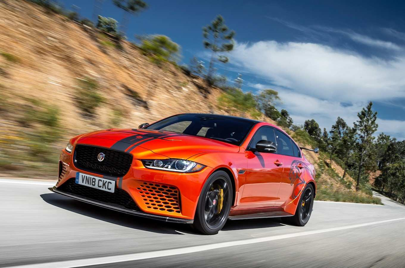 66 All New 2019 Jaguar Xe Svr New Review