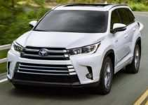 68 A Toyota Innova 2020 Model Redesign and Concept