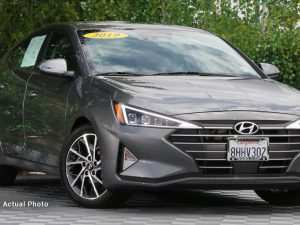 72 A 2019 Hyundai Elantra Limited Spy Shoot