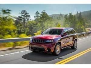 76 A 2019 Jeep 3Rd Row Style