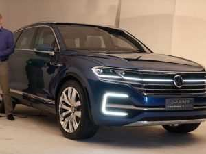 79 A Volkswagen Touareg Hybrid 2020 Performance and New Engine