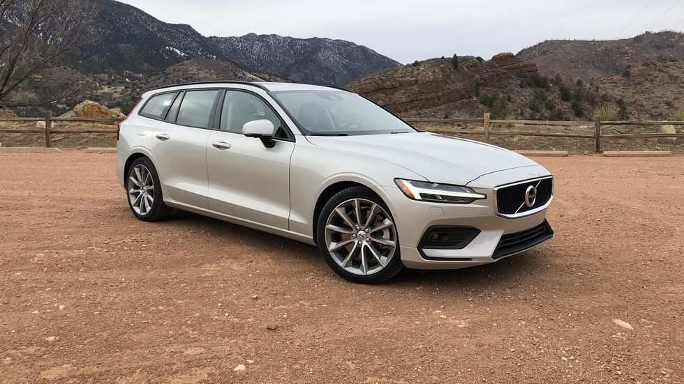 79 A Volvo V60 2019 Price And Review