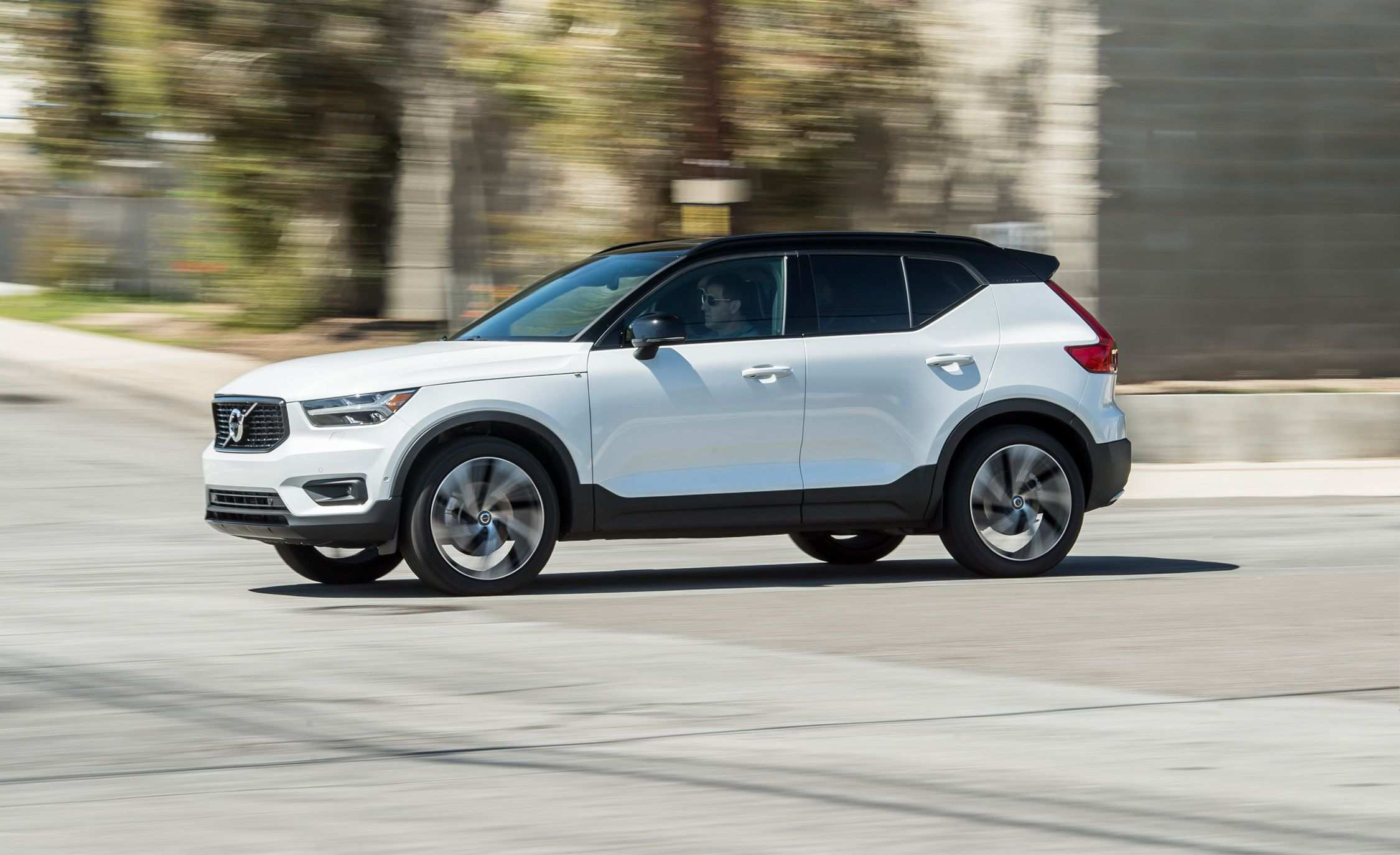 79 Best Volvo 2019 Xc40 Review Engine