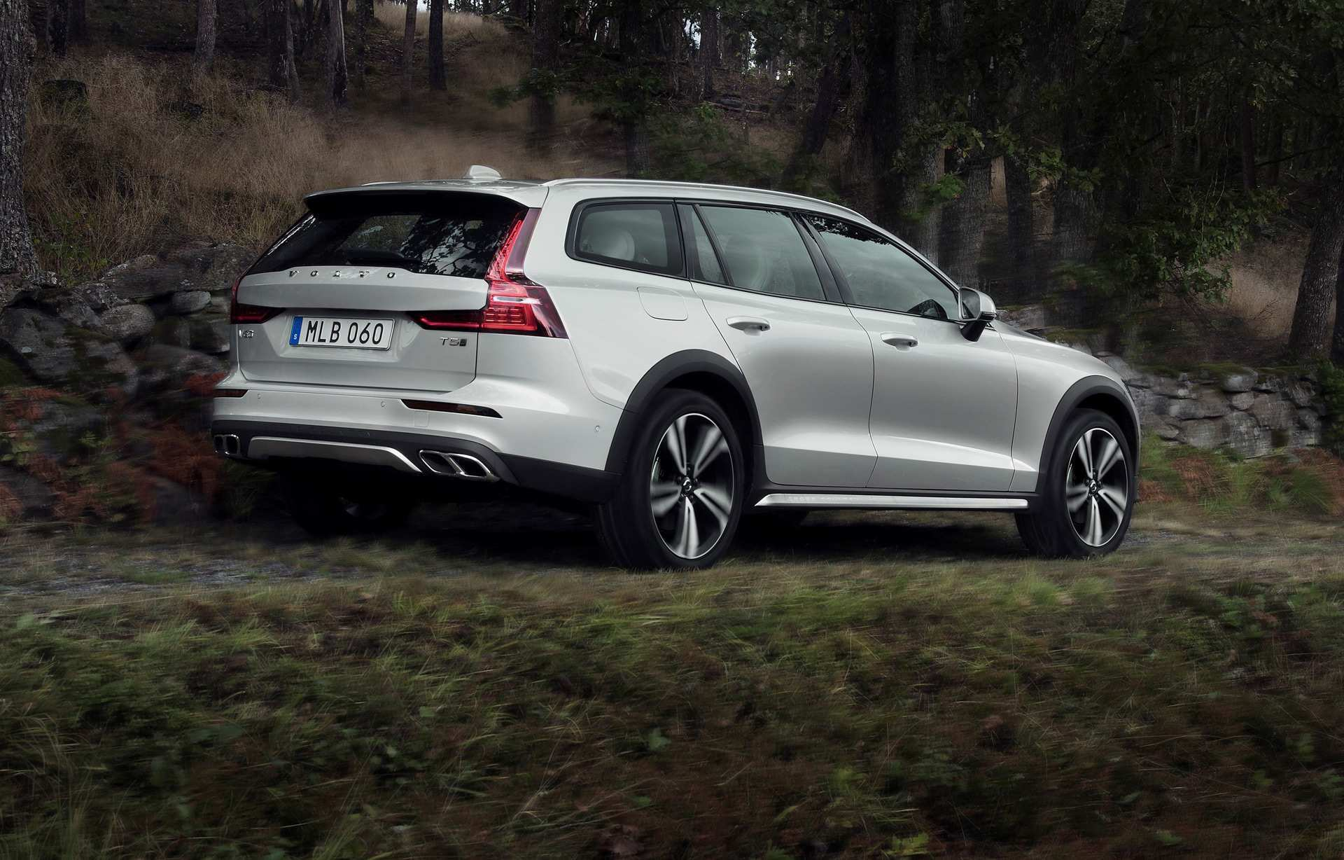 80 The Best 2019 Volvo V60 Cross Country Review And Release Date